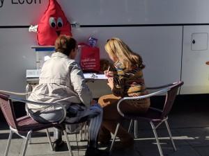 Cola donación de sangre
